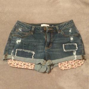 LC Lauren Conrad 3 pocket denim shorts